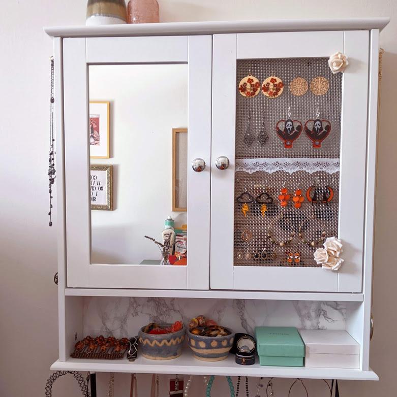 DIY Jewellery Cabinet | Dressing Room Jewelry Storage