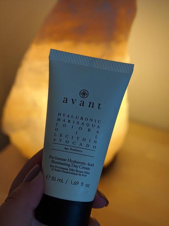 Avant moisturiser in front of a glowing light